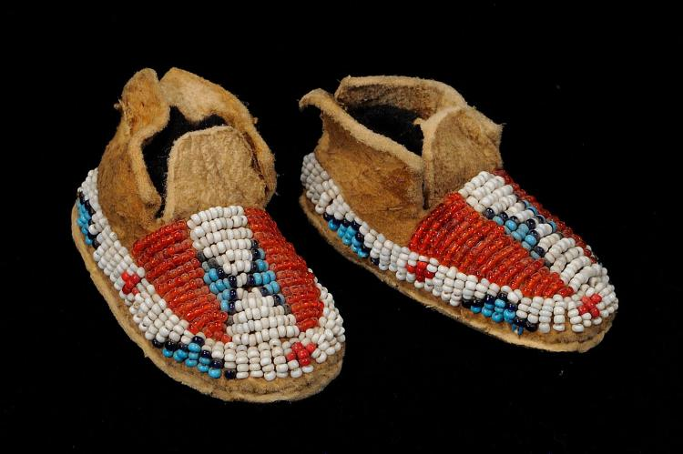 You searched for: baby moccasins! Etsy is the home to thousands of handmade, vintage, and one-of-a-kind products and gifts related to your search. No matter what you're looking for or where you are in the world, our global marketplace of sellers can help you find unique and affordable options. Let's get started!