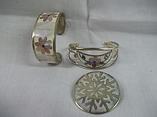 Alpacca Mexico Mother of Pearl Bangle/Pin