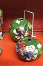 20th cent. Ceramics: Walter Moorcroft lamp globes for central lamp section.