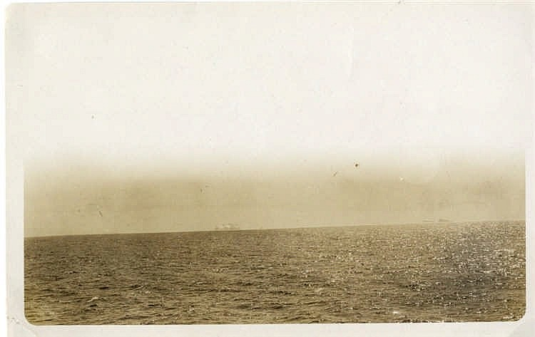 R.M.S. TITANIC - HUTCHINSON ARCHIVE: Original photograph of Icebe