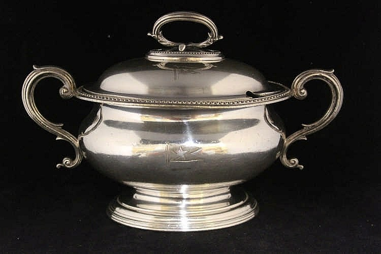 OCEAN LINER: Collins & Co. silver plated soup tureen and lid with
