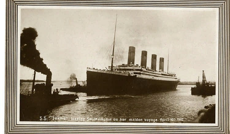 R.M.S. TITANIC: Real photo of Titanic leaving Southampton on 10th