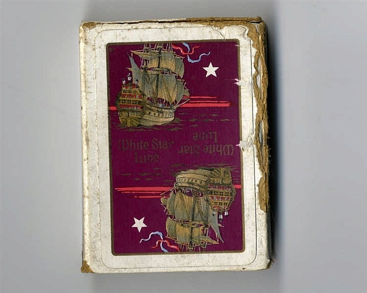 R.M.S. TITANIC: White Star Line boxed pack of playing cards in or