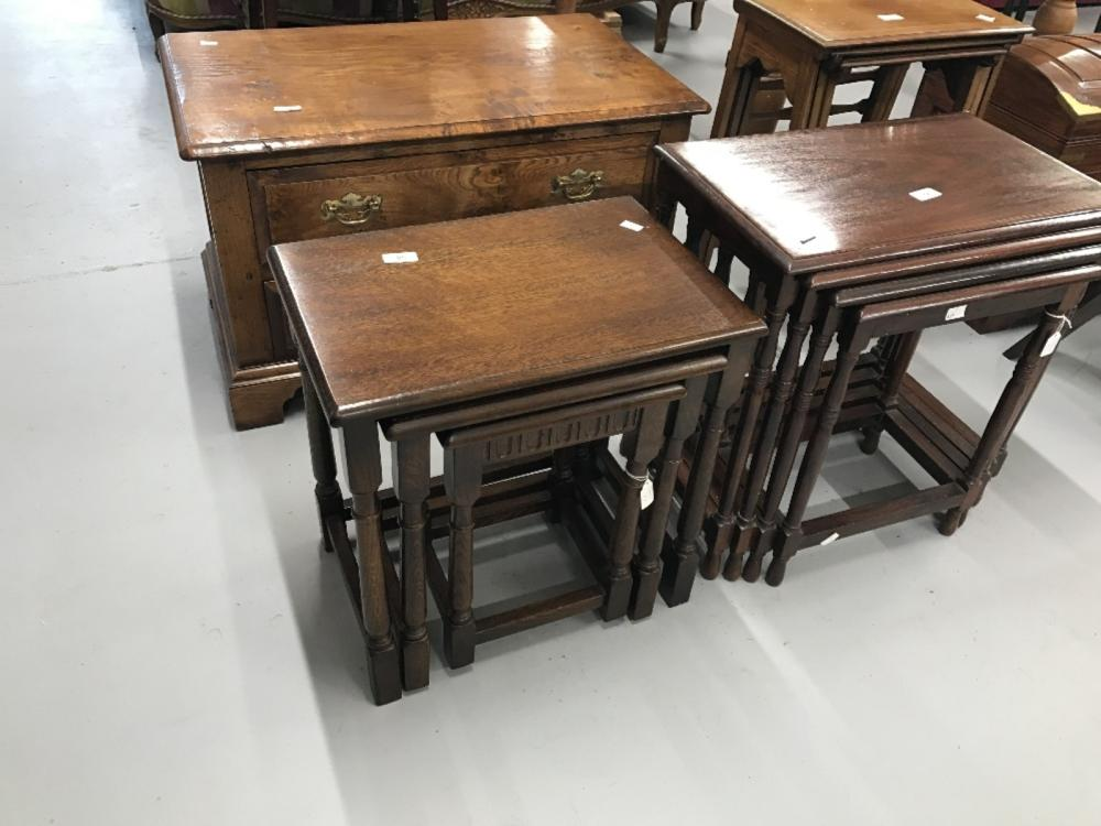 20th cent. Oak graduated nest of three tables. Largest 19ins. x 13ins. x 19ins.