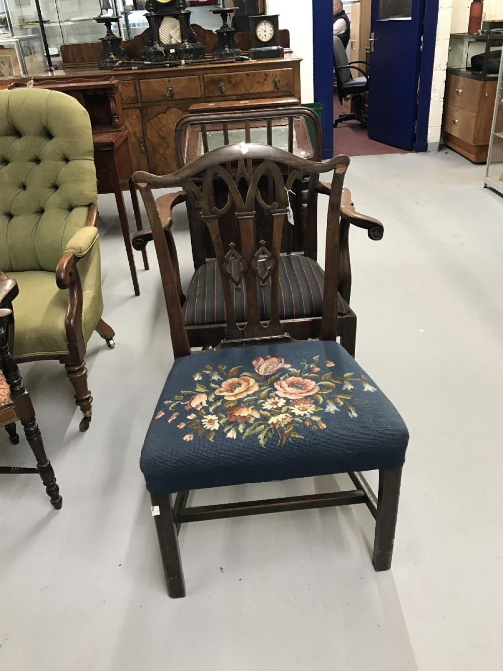 Early 19th cent. Mahogany pierced splat back, Hepplewhite style chair with chamfer supports.