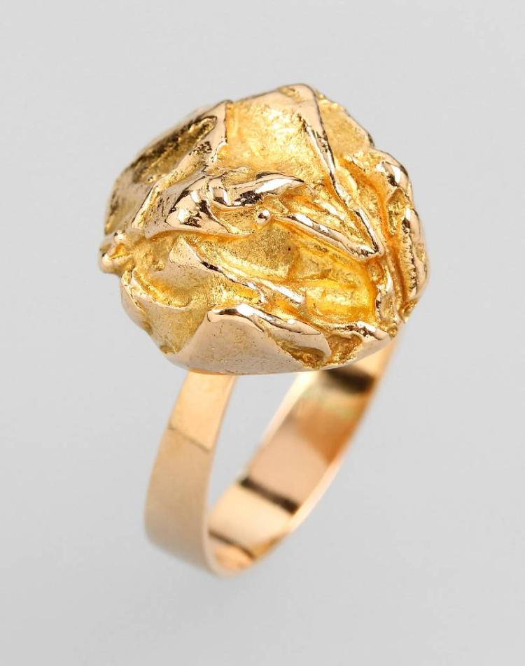 14 kt gold ring by LAPPONIA