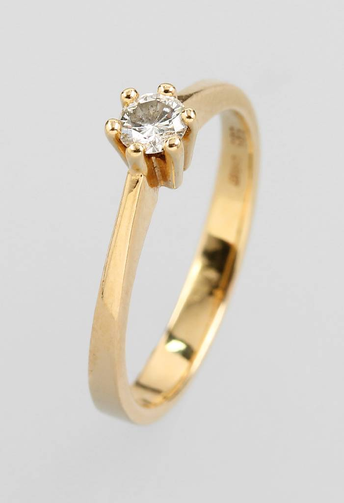 14 kt gold ring with brilliant by CHRIST