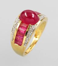 18 kt gold ring with rubies and diamonds
