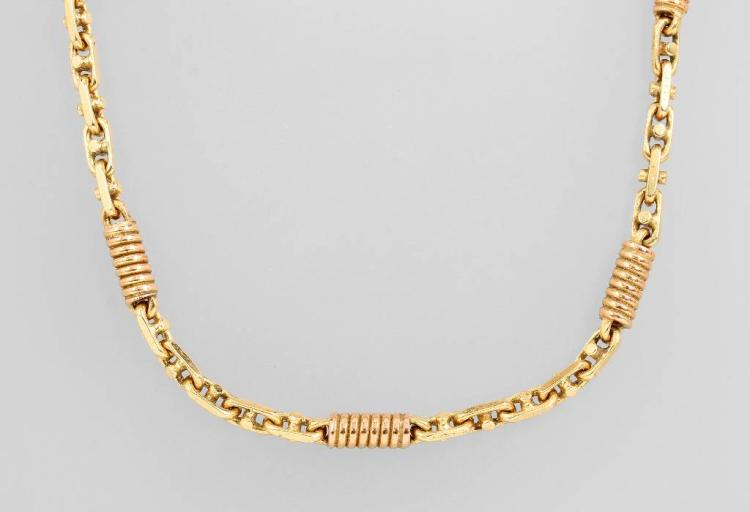 14 kt gold necklace