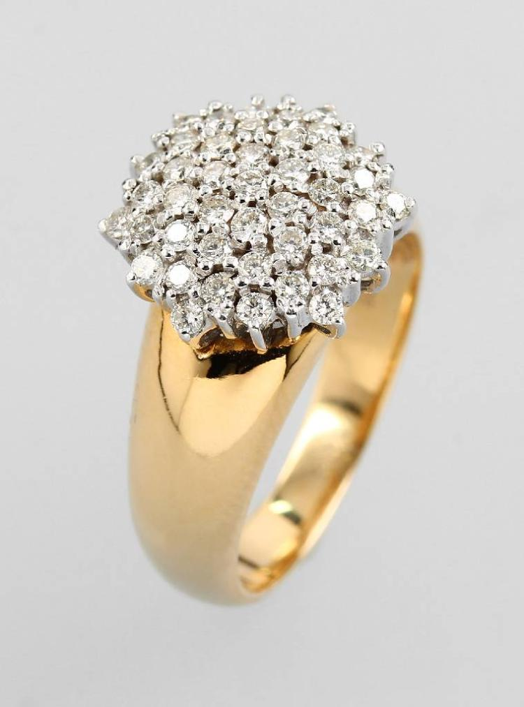 14 kt gold blossom ring with brilliants
