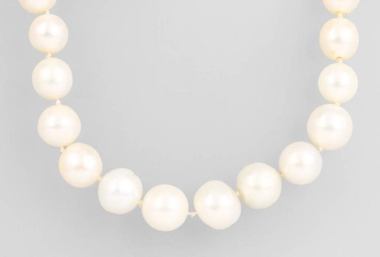Cultured south seas pearl chain with diamonds