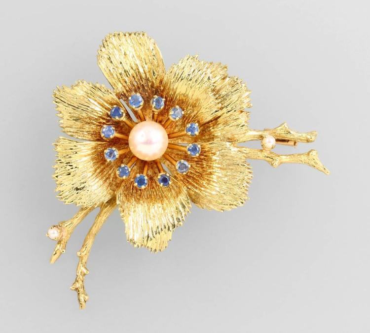 14 kt gold blossom brooch with sapphires and pearls