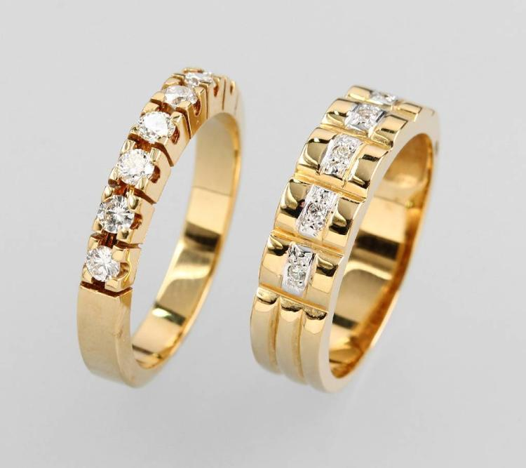 Lot 2 14 kt gold rings with diamonds