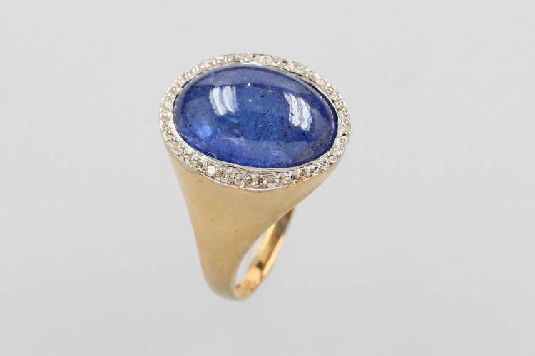 9 kt gold ring with tanzanite and diamonds