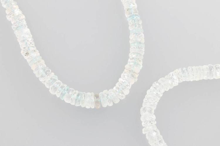 Jewelry set with aquamarines