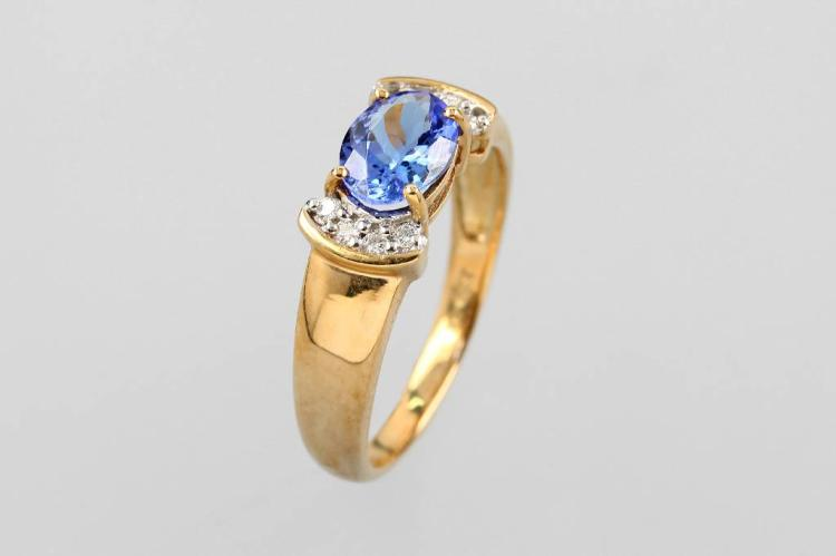 9 kt gold ring with tanzanite and brilliants