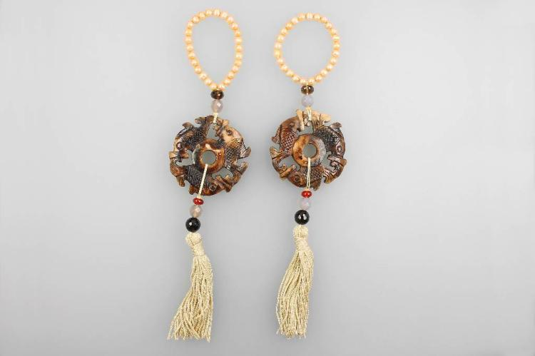 Pair of suspensions for earrings with agate