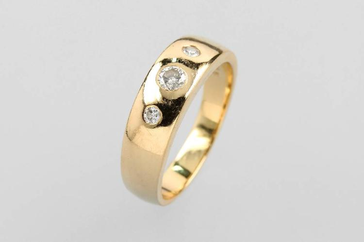 14 kt gold bandring with brilliants