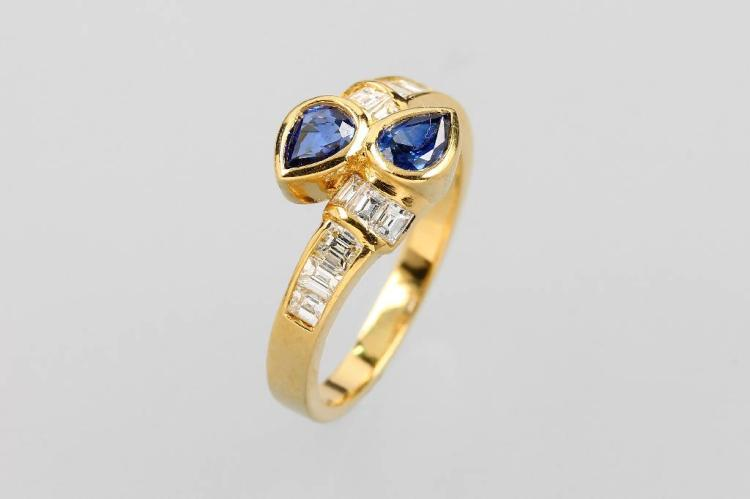 18 kt gold ring with sapphires and diamonds
