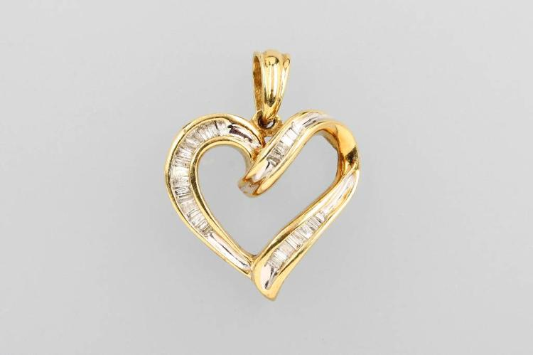 10 kt gold heart pendant with diamonds