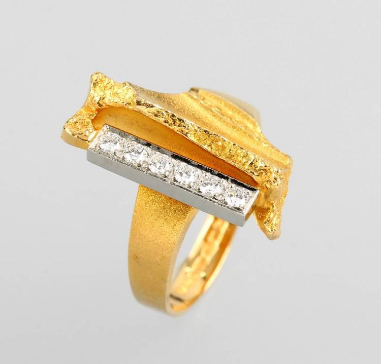 18 kt gold ring with brilliants by LAPPONIA