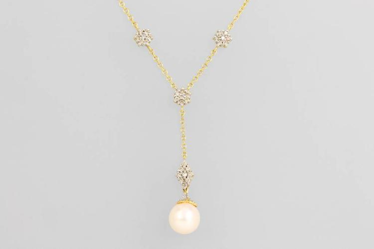 14 kt gold necklace with pearl and brilliants