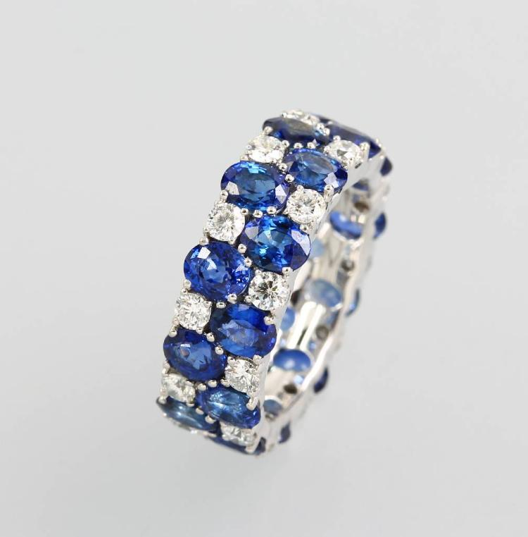 18 kt gold memoryring with sapphires and brilliants