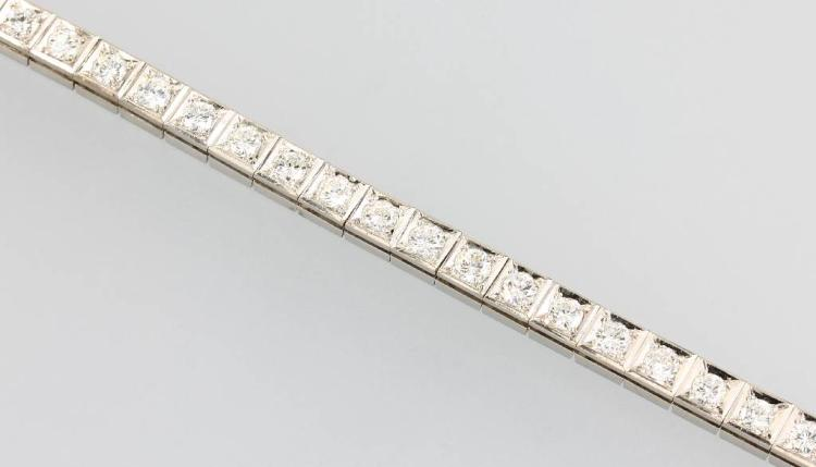 18 kt gold bracelet with brilliants