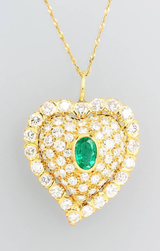 18 kt gold pendant with brilliants and emerald