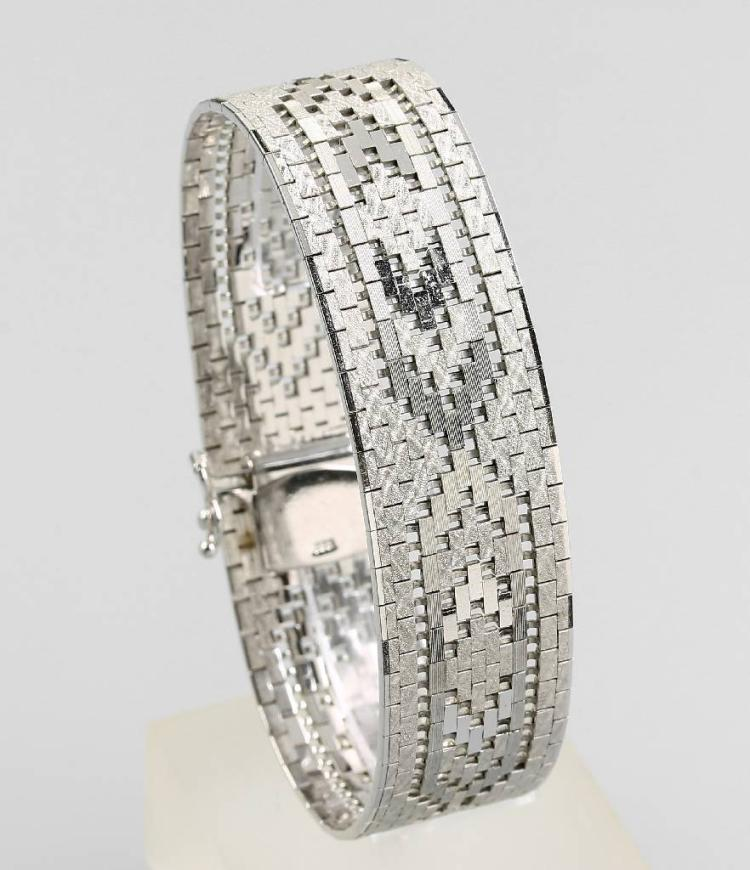 Wide 8 kt gold bracelet