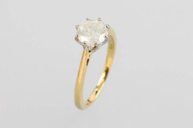 9 kt gold ring with diamond
