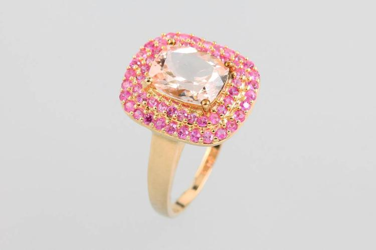 9 kt gold ring with morganite and tourmalines