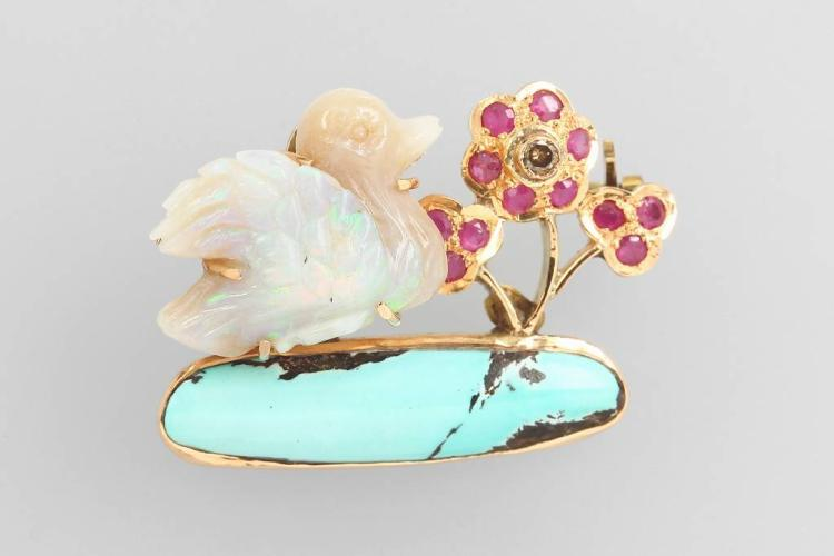 14 kt gold brooch with coloured stones and engraved opal
