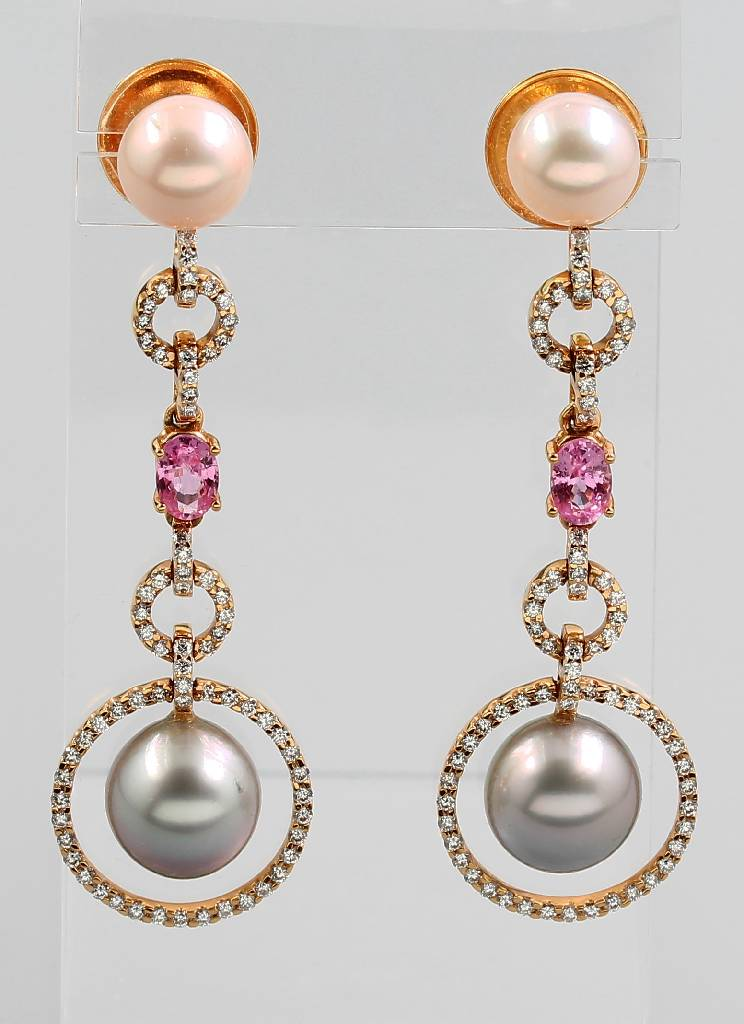 Pair of 18 t gold earrings with cultured pearls, morganites and brilliants