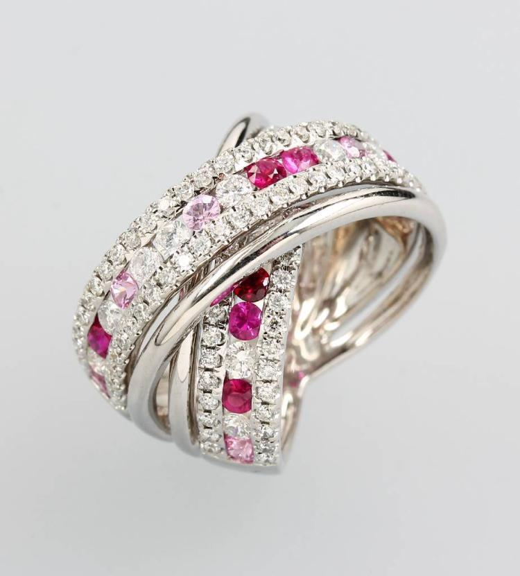 18 kt gold ring with rubies and brilliants