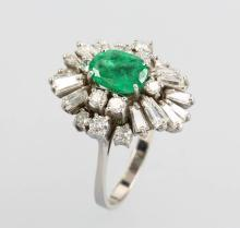 18 kt gold ring with emerald, brilliants and diamonds