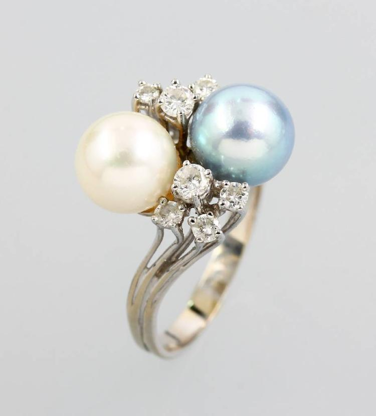 14 kt gold ring with brilliants and cultured akoya pearls