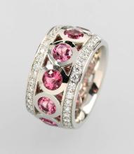 Platinum ring with brilliants and rubellites