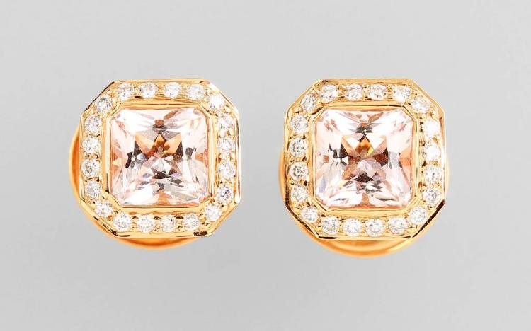 Pair of 18 kt gold earrings with morganite and brilliants