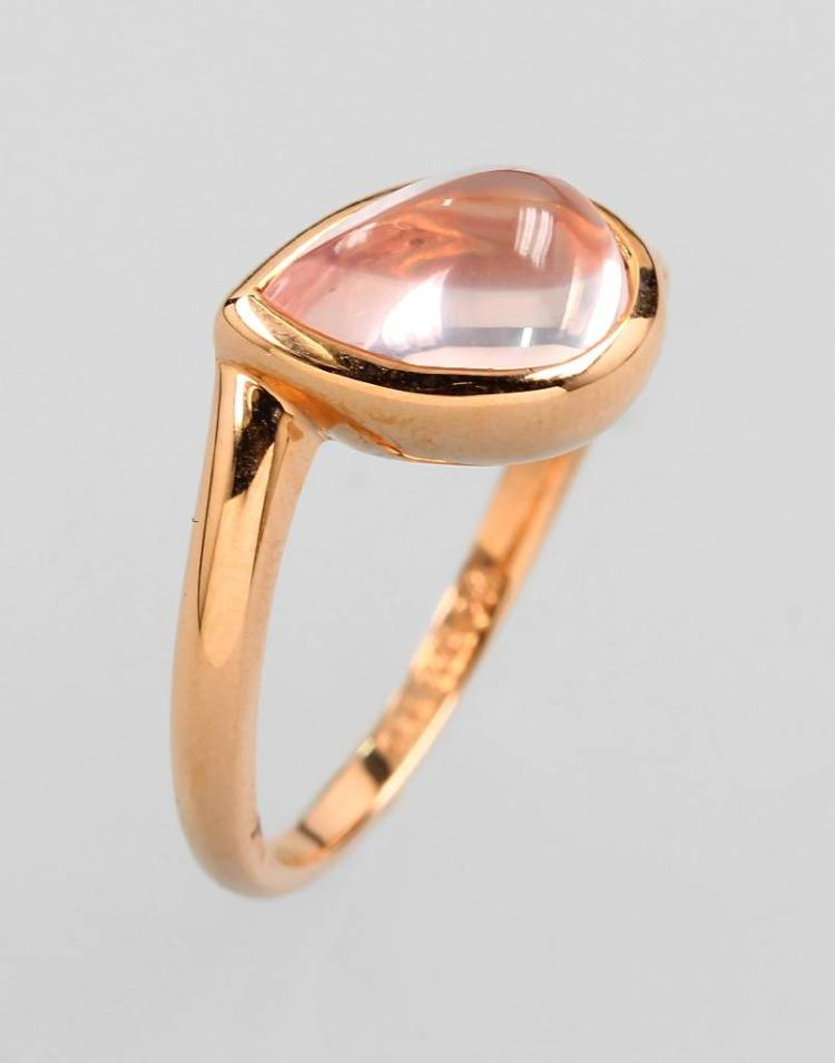 18 kt gold ring with rose quartz