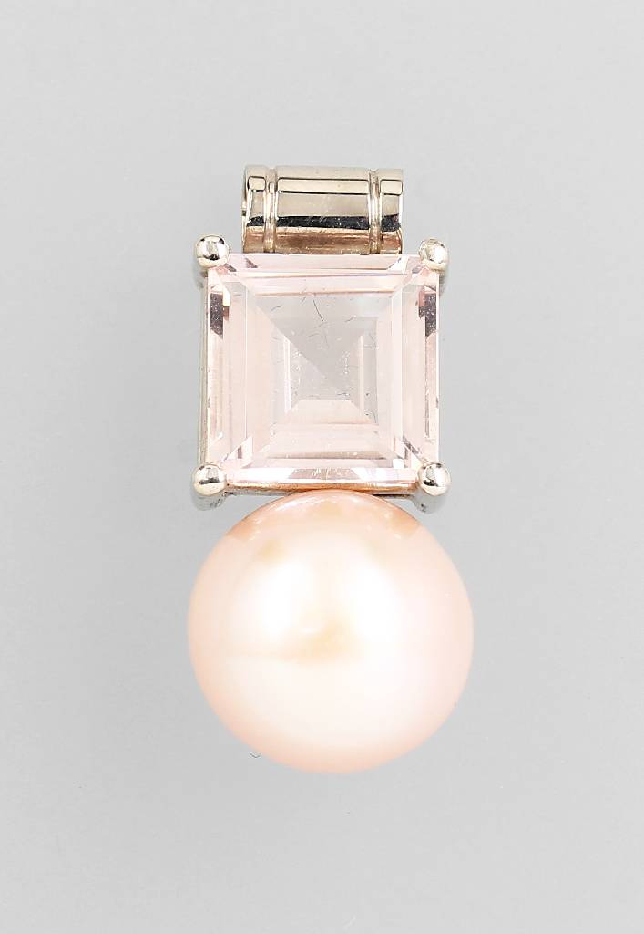 18 kt gold pendant with rose quartz and cultured pearl