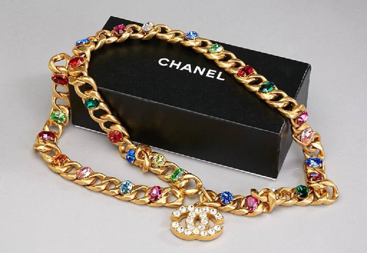 Large CHANEL belt