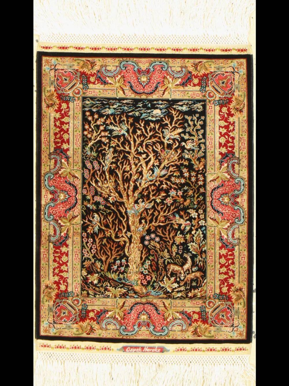 Very fine silk Hereke (20 x 20), signed Özipek)