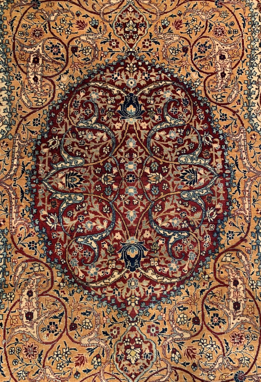 Antique fine Agra, North India, around 1900, wool knotted