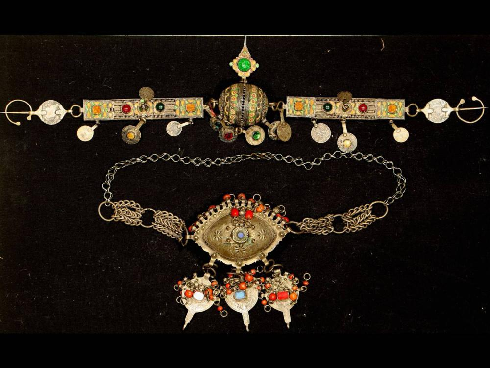 2lots Berber jewelry antique, Morocco, around 1900, silver