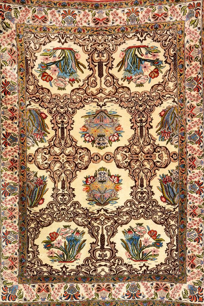 Kurk Qum 'Part-Silk',