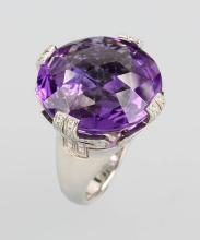 18 kt gold BULGARI ring with amethyst and brilliants