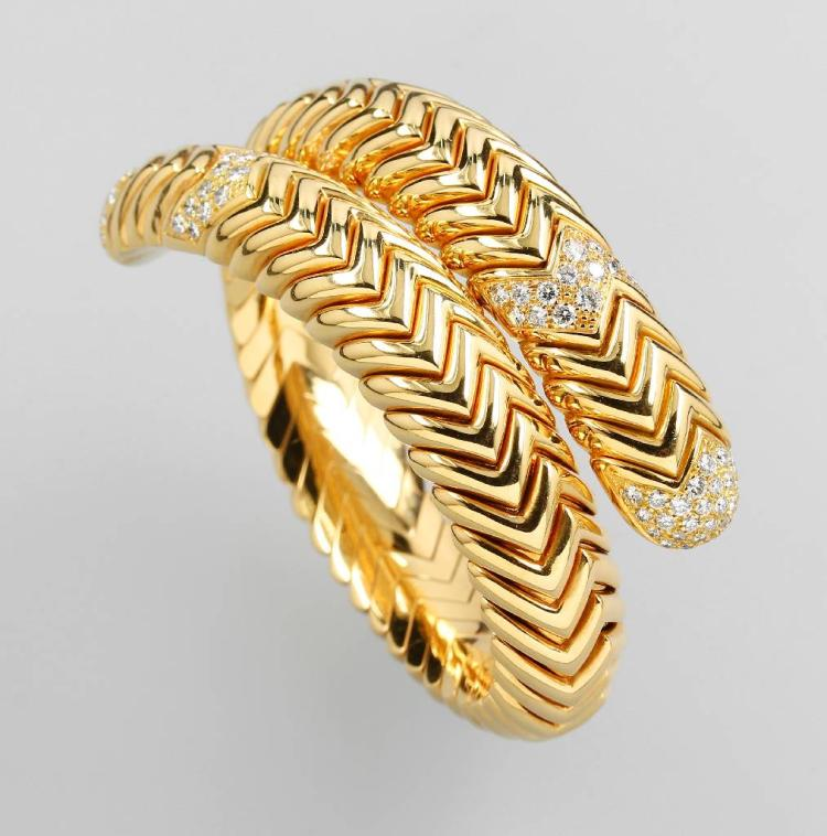18 kt gold BULGARI bangle with brilliants