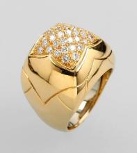 18 kt gold BULGARI ring 'PYRAMID' with brilliants