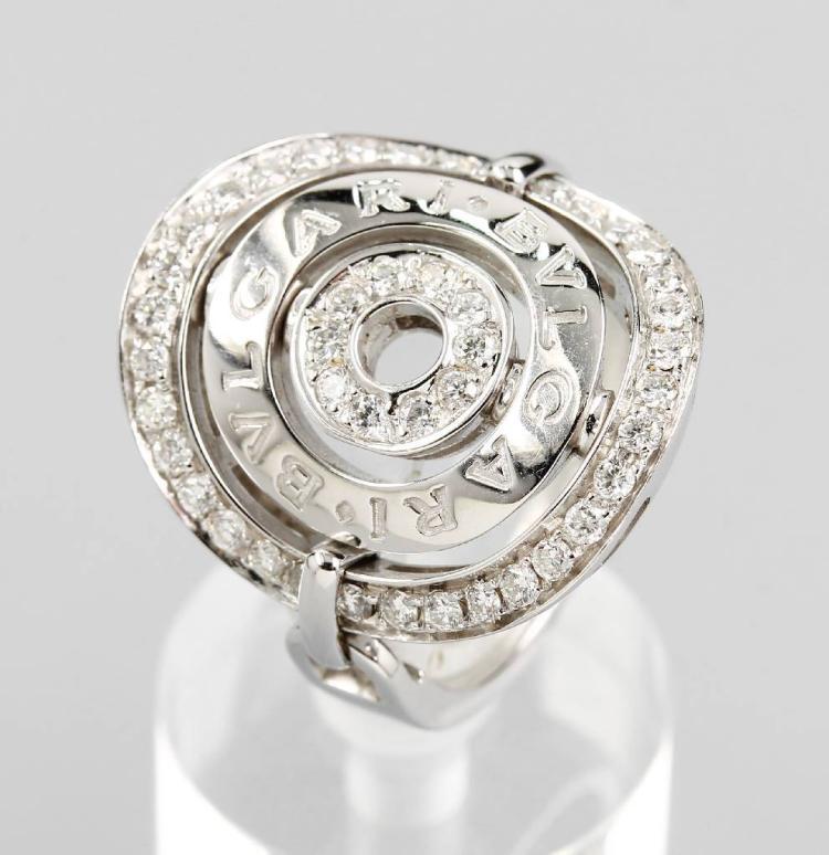 18 kt gold BULGARI ring with brilliants